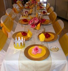 Table and place settings at a Beauty and the Beast party #princess #partytable