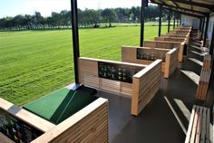 Our beautiful Siberian Larch panels were used to separate the bays at this prestigious driving range in the Leeds area. The client also used our slatted chunky benches to add to the modern look. Outside Furniture, Outdoor Furniture Sets, Outdoor Decor, Slatted Fence Panels, Golf Hotel, Golf Range, Shooting Range, Golf Clubs, Zoo Park