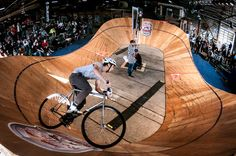 Red Bull MiniDrome back in September. Track Cycling, Fixed Gear, Red Bull, Bicycles, Mini, Toronto, September, Ideas, Fixie