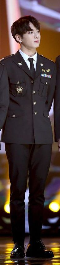 Jeon Jungkook's uniform in pers conference