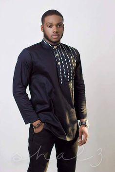 https://www.facebook.com/609487359174527/photos/a.814091815380746.1073741829.609487359174527/894963580626902/?type=3 African Wear Designs, African Design, African Style, African Men Fashion, Africa Fashion, Ankara Styles For Men, African Attire, African Dress, African Shirts, Men, African Clothes, African Prints, Menswear
