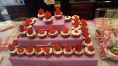 Strawbery flower topping