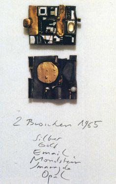 Herman Jünger 1965 Brooches: silver, gold, email, moonstones, emeralds, opal Broches-1965: argent, or, émail, pierre de lune, émeraude, opale