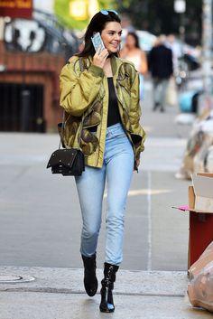 Kendall Jenner Style New York City June 21 2016 Kendall Jenner Outfits, Kendall Jenner News, Urban Apparel, Urban Outfits, Mode Outfits, Fashion Outfits, Fashion Mode, Star Fashion, Womens Fashion