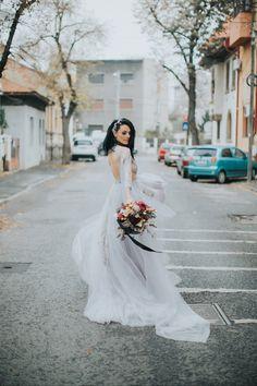 #wedding #dress #bride #photo #weddingday #weddinginspiration #weddingdress Style Diary, Wedding Inspiration, Style Inspiration, Fashion Show, Wedding Day, Street Style, Bride, My Style, Wedding Dresses