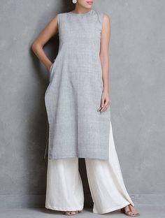 Grey Sleeveless Khadi Cotton Kurta with Pocket Kurta Designs Women, Blouse Designs, Indian Designer Outfits, Indian Outfits, African Fashion, Indian Fashion, Fashion Pants, Fashion Dresses, Khadi Kurta