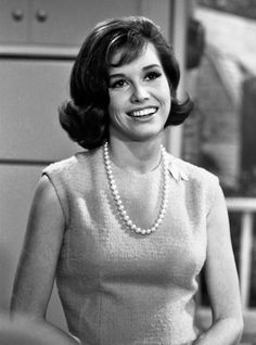 "Mary Tyler Moore Many have drawn the comparison between Mary Tyler Moore's look on ""The Dick Van Dyke Show"" and first lady Jackie Kennedy."