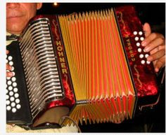 Here we present the most traditional colombian instruments at the heart of Colombian music. Gabriel Garcia Marquez, Big Music, Sound Of Music, Small Guitar, Salsa Music, Small Palms, Folk Music, Music Instruments, Traditional