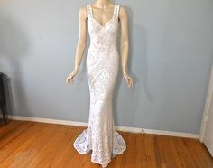 Angelic Hippie Crochet Off White LACE Wedding DRESS Boho Wedding Dress Mermaid Wedding Gown Plunging Back S