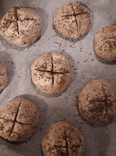 Semínkové housky bez mouky – Venušin svět Food And Drink, Low Carb, Gluten Free, Bread, Cookies, Desserts, Recipes, Cooking, Glutenfree