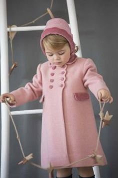 Little girl's classic coat and bonnet. Classic winter coat for a little girl with velvet buttons and collar and matching bonnet. Made in Spain Childrens Coats, Kids Coats, Rebecca Front, Hair Bonnet, Wool Coats, Girls Dresses, Flower Girl Dresses, Kid Hairstyles, Baby Models