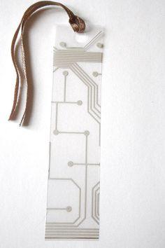 geek segnalibro circuito stampato trasparente nerd hipster tastiera beige riciclato geekery lettura computer anniversario lasoffittadiste