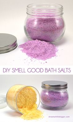 Make these smell good bath salts with mostly stuff you already have at home!  Easy peasy!