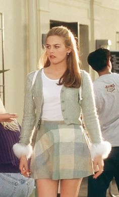 look Trendsetter Tuesday: Cher Horowitz (Clueless) Fashion Male, Fashion 90s, Clueless Fashion, Clueless Outfits, Tokyo Street Fashion, Hip Hop Outfits, Retro Outfits, Cute Outfits, Clueless 1995