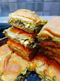 Φοβερηηη σπανακοτυρόπιτα ξεροψημένη κρατσανιστή! Πολύ ωραία φτιαγμένη και λαχταριστή Spanakopita, Sandwiches, Pizza, Cooking Recipes, Yummy Food, Ethnic Recipes, Blog, Delicious Food