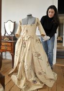 Katherine Hand's gown - c 1791; silk, Rock Ford Plantation
