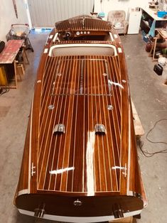 If you love to work with your hands, have basic carpentry skills and love the water, you should consider building your own boat. Building your own boat can save you lots of money. Wooden Boat Building, Wooden Boat Plans, Boat Building Plans, Cool Boats, Small Boats, Classic Wooden Boats, Classic Boat, Chris Craft Boats, Sailing Dinghy