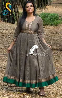Kutri from mom saree Saree Gown, Sari Dress, Anarkali Dress, Lehenga, Dress Skirt, Kids Blouse Designs, Kurta Designs Women, Dress Neck Designs, Long Gown Dress
