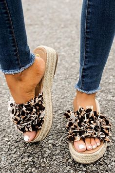 With the adorable, ruffled foot strap and lifted, textured heel you will be solely original in these Bermuda leopard sandals this summer! This sandal runs true to size. Cute Shoes, Me Too Shoes, Shoe Boots, Shoes Sandals, Heeled Sandals, Wedge Sandals Outfit, Slide Sandals, Shoes Sneakers, Studded Heels