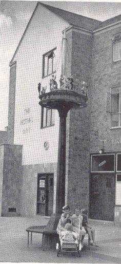 The Festival Inn Pub Crisp street