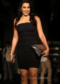 Pooja Bedi oozed oomph at the Lakme Fashion Week 2014 #Style #Bollywood #Fashion #Beauty #LFW2014