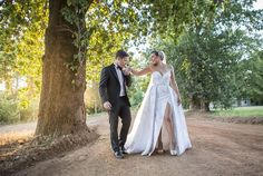 Best Wedding and Portrait Photographers Darrell Fraser South Africa Bridesmaid Dresses, Prom Dresses, Formal Dresses, Wedding Dresses, Somerset West, Portrait Photographers, Wedding Venues, African, Wine