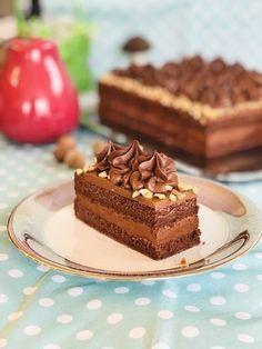 Cum se face prăjitura Felie de ciocolată cu alune de pădure? Something Sweet, Nutella, Waffles, Cheesecake, Ice Cream, Pudding, Cookies, Baking, Breakfast