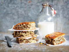 Peltilihapiirakka Tasty, Yummy Food, Banana Bread, Sandwiches, Easy Meals, Menu, Cheese, Baking, Desserts