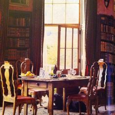 Dining in the library - my two favorite things at once!
