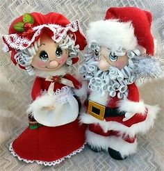 TWAG Rosa Christmas santa clause and Mrs clause fofucha dolls foamy dolls Christmas Ornament Crafts, Holiday Crafts, Christmas Decorations, Foam Crafts, Diy And Crafts, Paper Crafts, Mrs Claus, Santa Clause, Clothespin Dolls