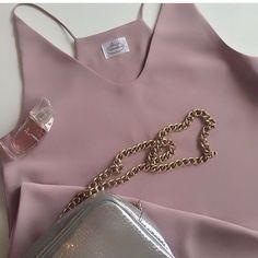 Топ в бельевом стиле. На подкладе, не просвечивает. Размер 40-42. Стоимость 1600 рублей. #top #pajamastyle