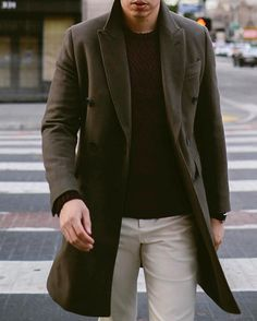 that coat // menswear, mens style, fashion, topcoat, overcoat, sweater, winter, fall