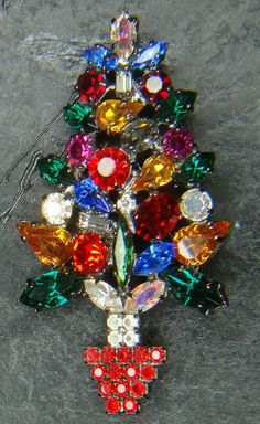 Carolee Christmas Tree Brooch