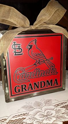 Check out this item in my Etsy shop https://www.etsy.com/listing/265616764/st-louis-cardinals-8x8-lighted-glass