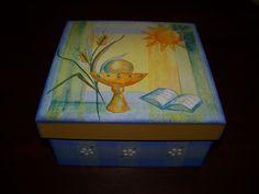 caixa com temática da 1a Eucaristia