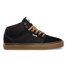 Chukka Mid Top Two Tone Black Gum Men s Shoes - Buscar con Google Vans  Sneakers 3c21a5851