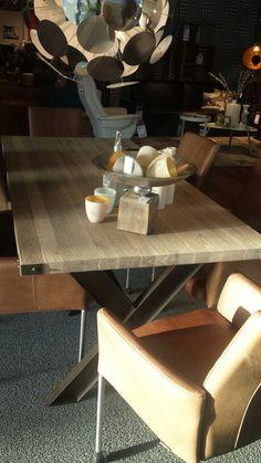 Mooi kleed onder de eettafel wonen landelijke stijl landelijk wonen pinterest - Tapijt onder de eettafel ...