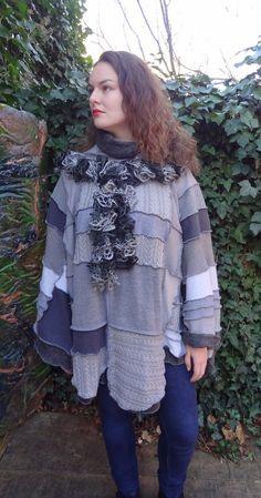 poncho patchwork gris à capuche