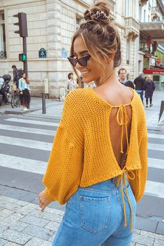 Order the Mustard Tie Back Cropped Jumper from In The Style. Crochet Summer Tops, Crochet Halter Tops, Crochet Crop Top, Diy Fashion, Ideias Fashion, Fashion Outfits, Crochet Clothes, Diy Clothes, Crop Top Pattern