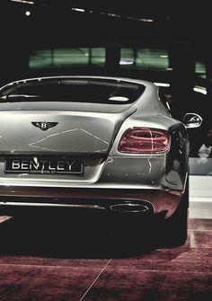 Bentley | Classic | Car | Luxury www.gentlemenfashion.pl