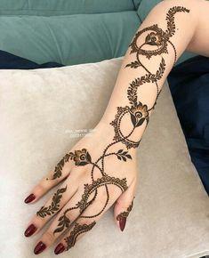 Pretty Henna Designs, Latest Henna Designs, Finger Henna Designs, Arabic Henna Designs, Mehndi Designs For Girls, Stylish Mehndi Designs, Mehndi Designs For Fingers, Henna Designs Easy, Best Mehndi Designs