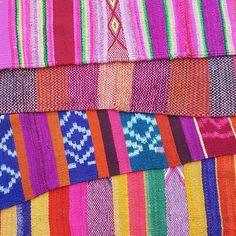Bohemian and colourful vintage Peruvian Blankets available in our online shop 🔥 Price $275 USD🔥 Sizes vary from around 170x170cm to 190x190cm. We are proud to collaborate with talented artisans in Peru.💕 Peruvian Frazadas can be used as rugs, throws, table cloth, bed coverings, picnic blankets, or wall hangings. The possibilities are endless. Most of our rugs were sourced from the Sacred Valley near Cuzco in the Peruvian Andes.  They have been hand-woven from hand-spun alpaca and sheep…