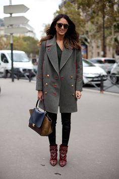 We love the oversized coat! Parisian fall fashion anyone?