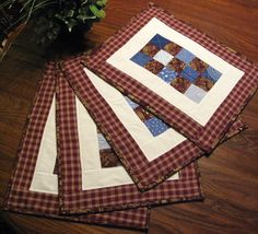QUILTED PLACEMATS  Table Topper Mug Rugs Table by DollPatchworks, $58.00