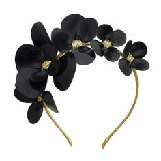 All Things Things Millinery Shop accessories for women at Diy Hair Accessories, Bridal Accessories, Fashion Accessories, Fascinator Headband, Millinery Hats, Fancy Hats, Hair Beads, Hat Hairstyles, Bridal Headpieces