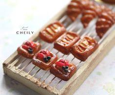 Dollhouse miniature bakery- Berries Danish x1 by CheilysMiniature on Etsy