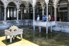 Topkapi Palace - fountain, Istanbul, Turkey (6.8. 2016)