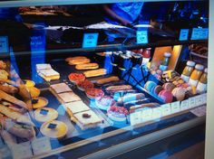Bakery by Saint Paul, Cathedral in Paris YUM!!