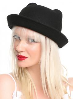 Black bowler hat with moulded ears. Hot Topic, Cat Ears, Your Hair, My Style, Cats, Jewelries, Wicked, Bear, Gatos