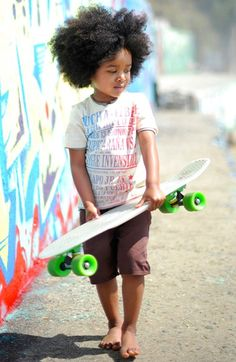 Kid style, great graphic tee and short combo!